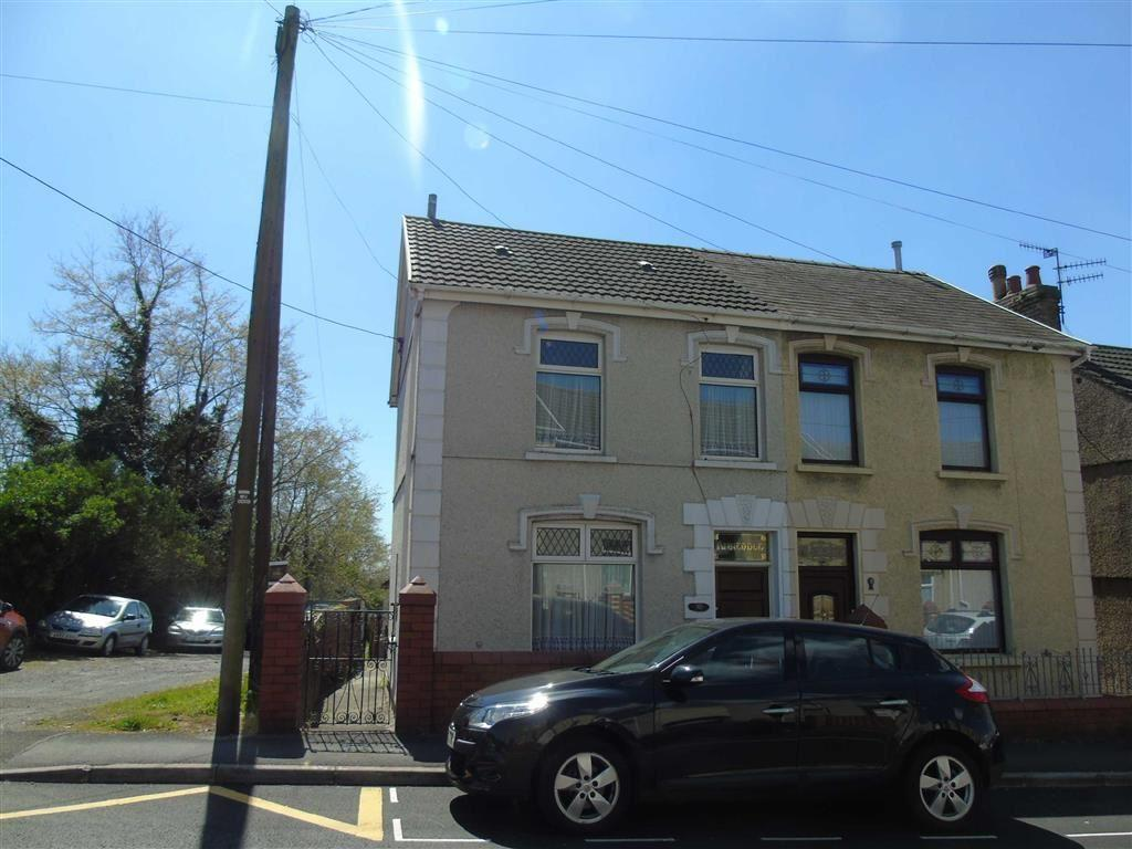 3 Bedrooms Semi Detached House for sale in Llwynhendy Road, Llwynhendy, Llanelli