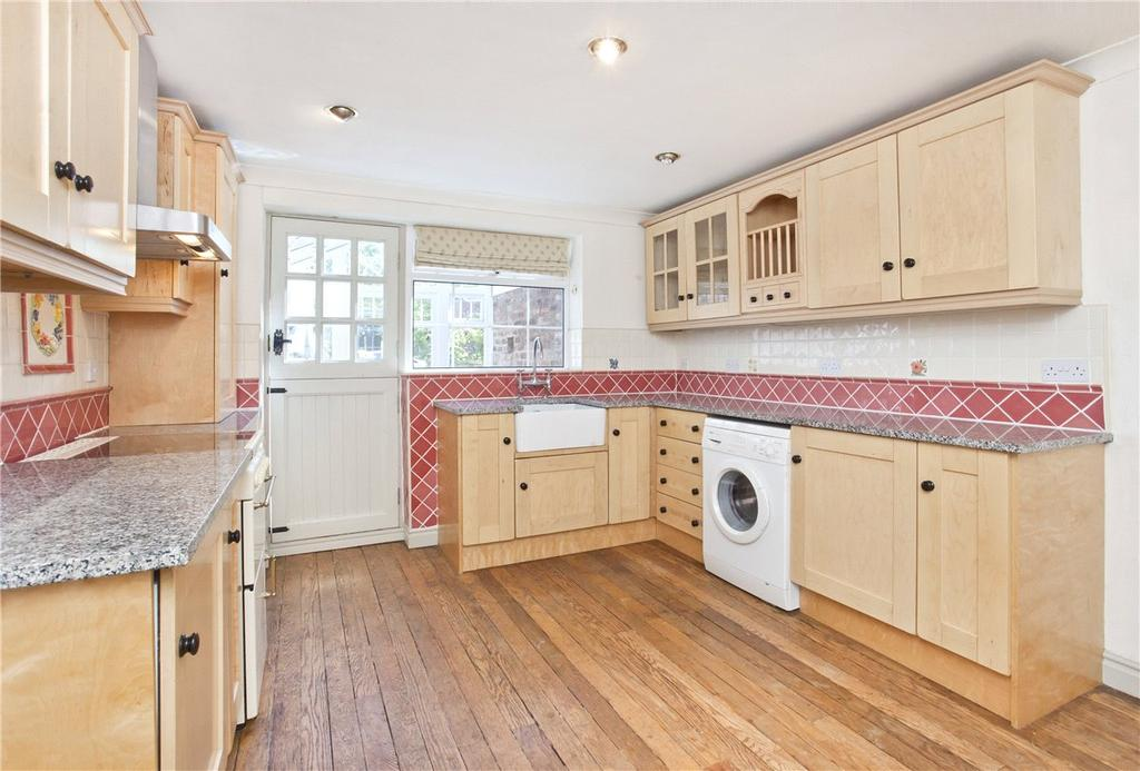3 Bedrooms Terraced House for rent in Main Street, Bilbrough, York, YO23