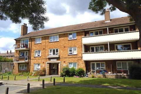 4 bedroom flat to rent - South Street, Southsea, PO5