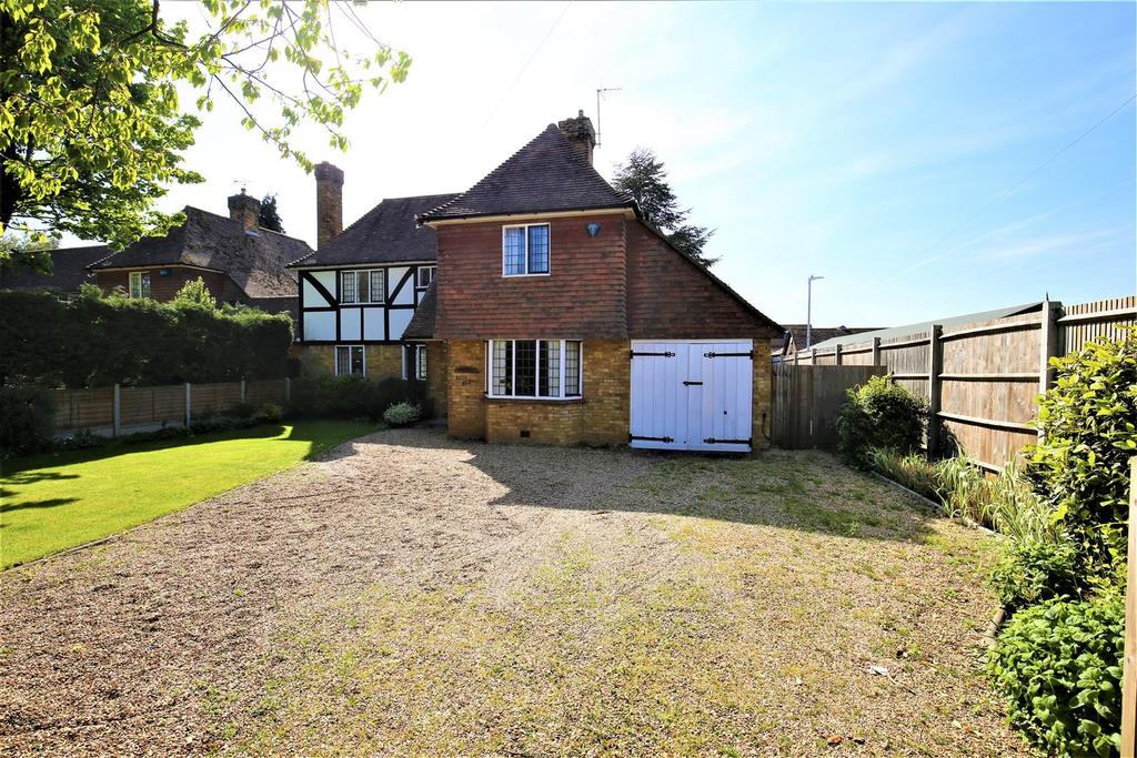 4 Bedrooms House for sale in Loose Road, Maidstone