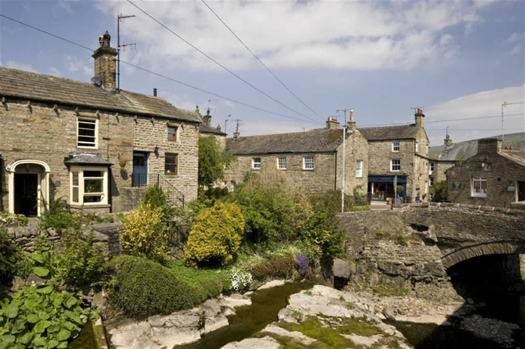 1 Bedroom Cottage House for sale in Chapel Street, Hawes, North Yorkshire