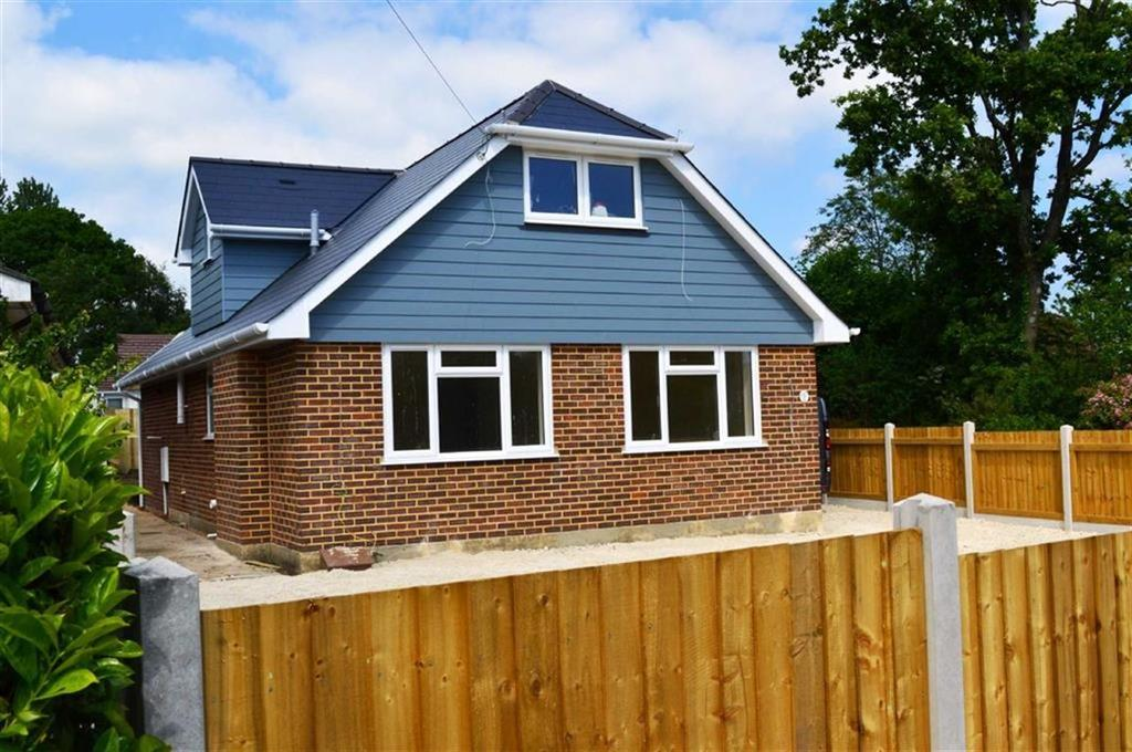 4 Bedrooms Chalet House for sale in Albert Road, Wimborne, Dorset
