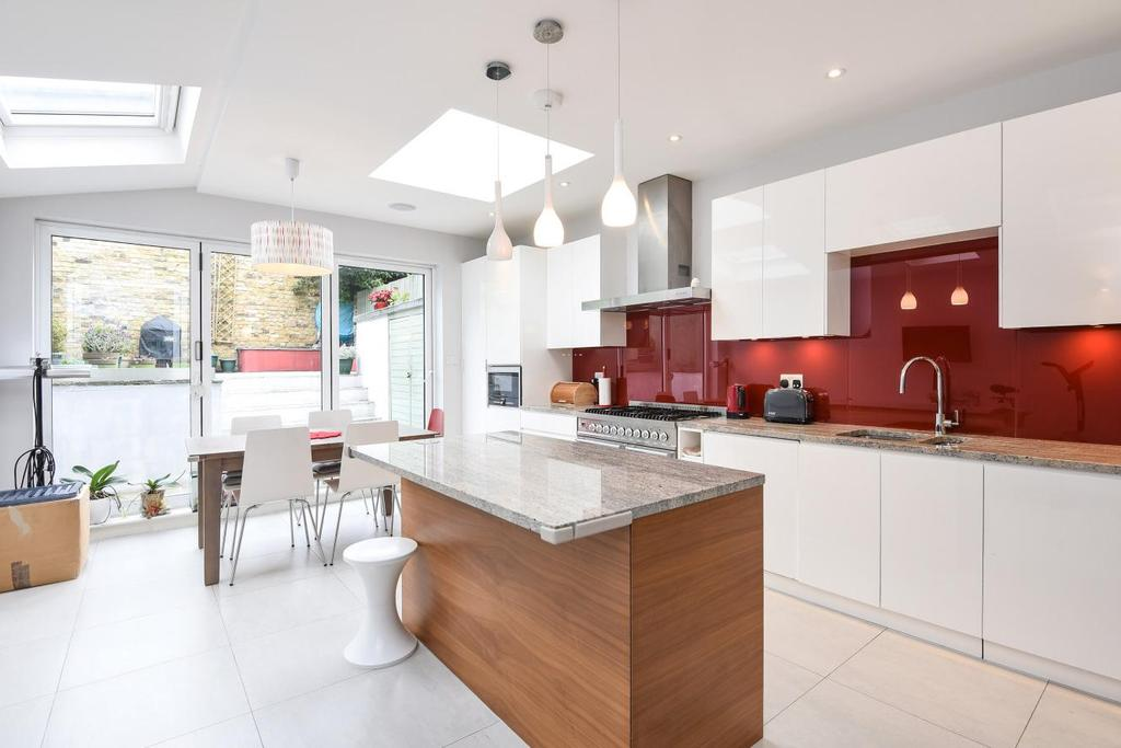 4 Bedrooms Terraced House for sale in Hazlebury Road, Fulham, SW6
