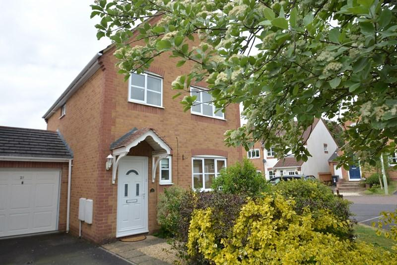 3 Bedrooms Link Detached House for sale in Celtic Drive, Andover