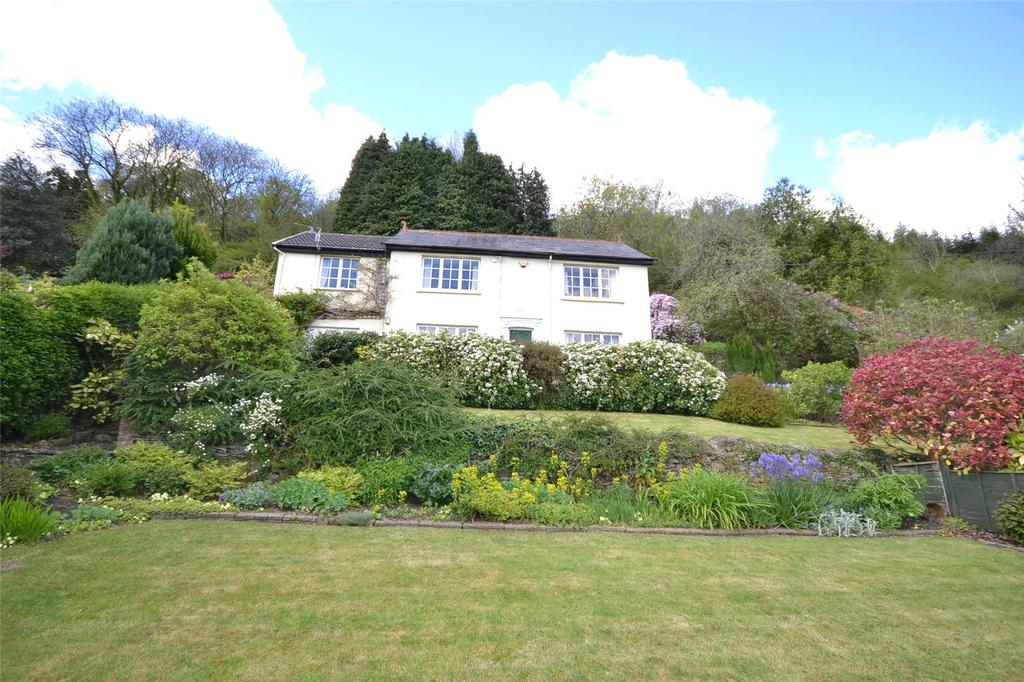 4 Bedrooms Detached House for sale in Main Road, Gwaelod-y-Garth, Cardiff, CF15