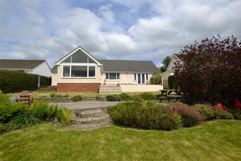 4 bedroom detached bungalow for sale - Strand Lane, ASHFORD, Devon