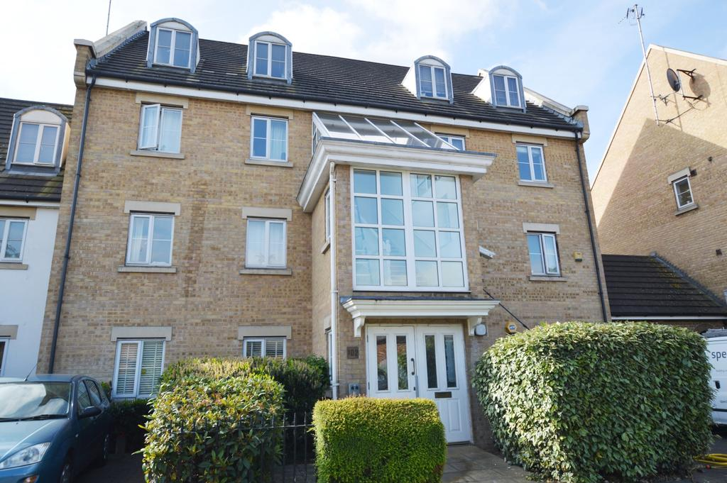 2 Bedrooms Flat for sale in Newent Close London SE15