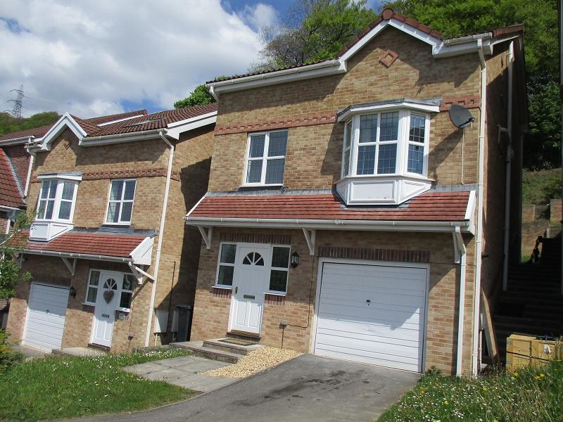 4 Bedrooms Detached House for sale in Cae Canol , Baglan, Port Talbot, Neath Port Talbot.