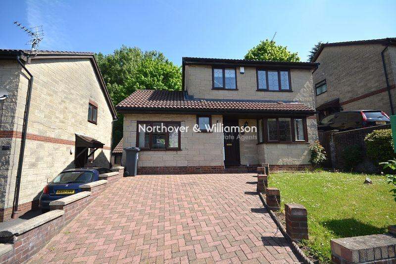 4 Bedrooms Detached House for sale in Castle Rise, Rumney, Cardiff. CF3