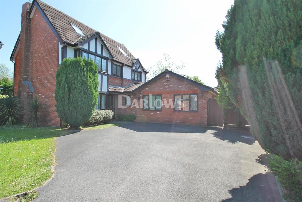 5 Bedrooms Detached House for sale in Oakfields, Marshfield, Cardiff