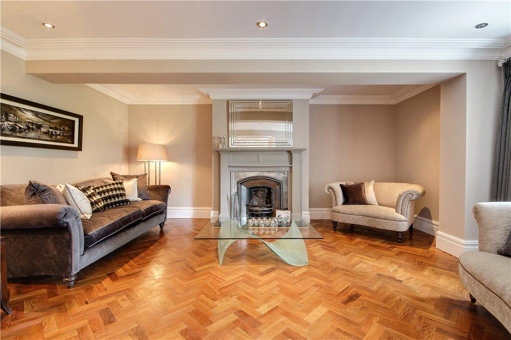 6 Bedrooms Detached House for sale in Wigton Lane, Alwoodley, Leeds, West Yorkshire