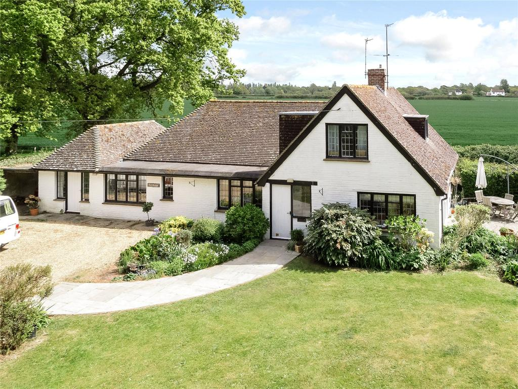 5 Bedrooms Detached House for sale in Westlands Estate, Birdham, Chichester, West Sussex