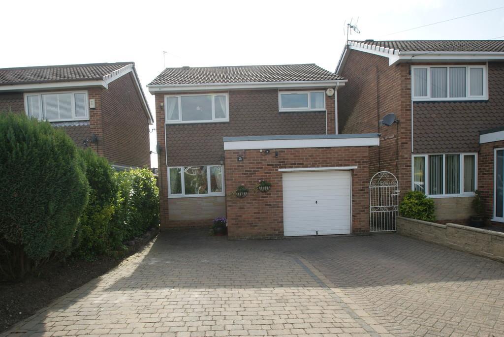 3 Bedrooms Detached House for sale in Saffron Crescent, Tickhill