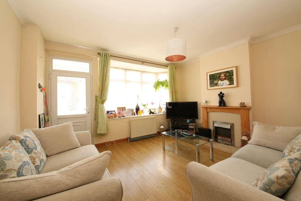 3 Bedrooms Detached House for sale in Wolseley Road, Mitcham, CR4