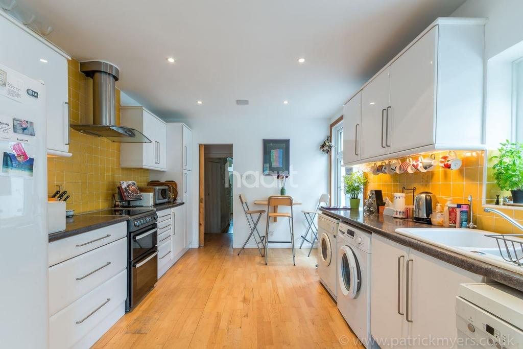 3 Bedrooms Terraced House for sale in Kilmorie Road, Forest Hill, London,SE23