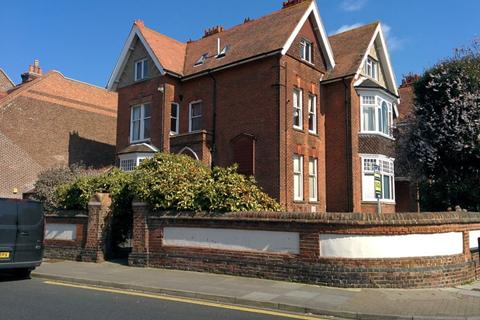 1 bedroom flat to rent - Festing Road, Southsea, PO4 0NG