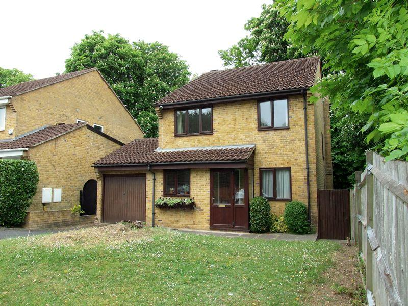 4 Bedrooms Detached House for sale in Beaumont Road, Purley