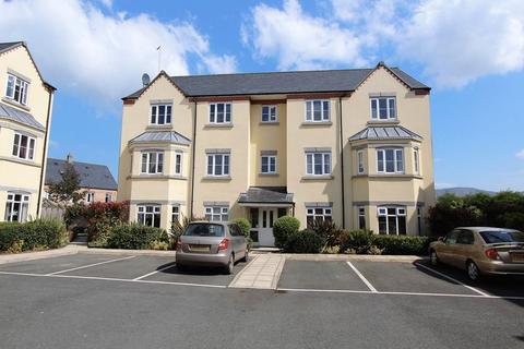 2 bedroom apartment to rent - Stryd Y Wennol, Ruthin