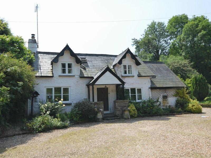 3 Bedrooms Cottage House for sale in Llantilio Crossenny, Abergavenny