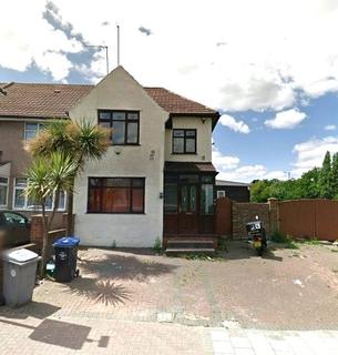5 bedroom semi-detached house to rent - Links Road, Neasden, NW2