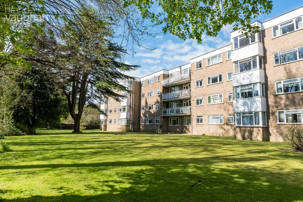 2 Bedrooms Apartment Flat for sale in London Road, Patcham, Brighton, BN1
