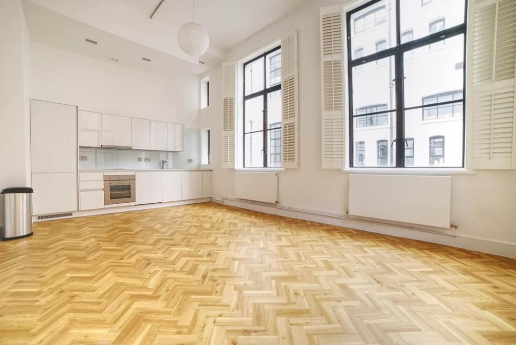 2 Bedrooms Maisonette Flat for sale in Old Town Hall Apartments, Spa Road, SE16