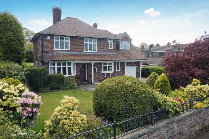5 Bedrooms Detached House for sale in Longbutt Lane, Lymm