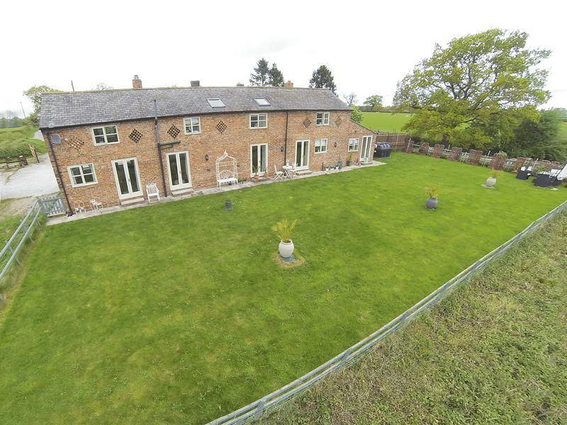 3 Bedrooms House for sale in Burgess Lane, Wrexham