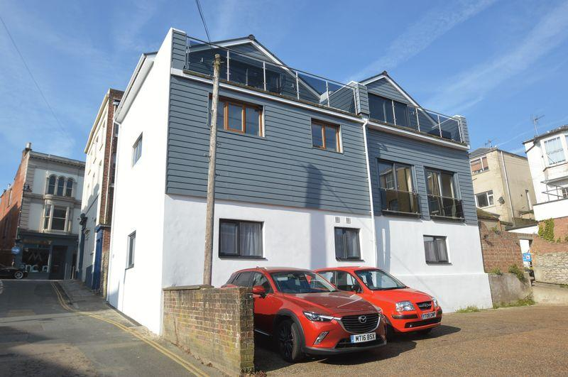 4 Bedrooms Town House for sale in CENTRAL RYDE
