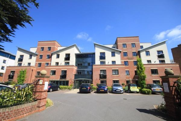 1 Bedroom Retirement Property for sale in Poole Road, Bournemouth