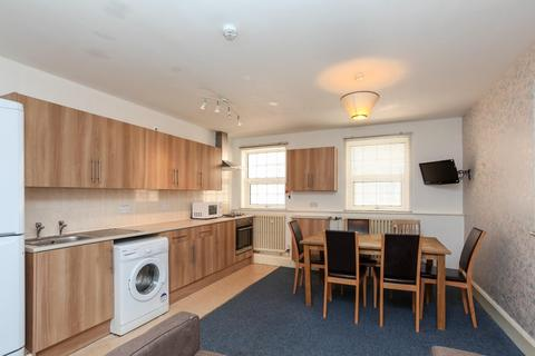 6 bedroom apartment to rent - 2-6 Bank Street, LINCOLN LN2