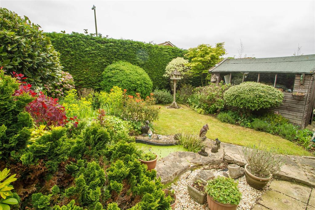 4 Bedrooms Detached House for sale in Mamignot Close, Bearsted, Maidstone