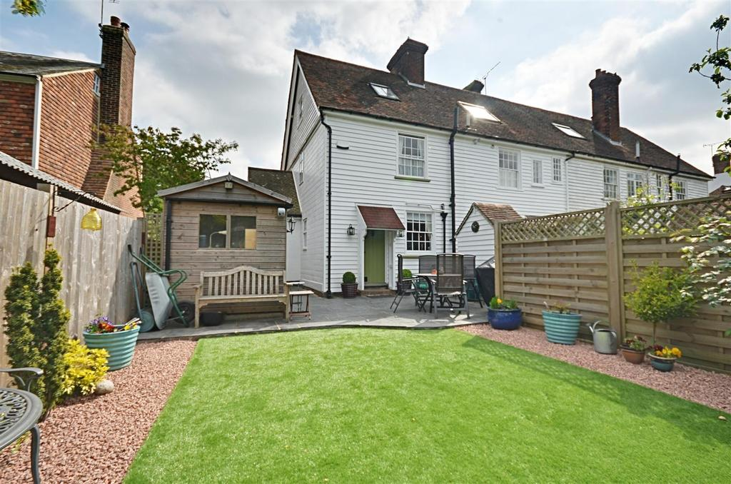3 Bedrooms End Of Terrace House for sale in High Street, Rolvenden