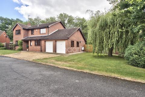 4 bedroom detached house for sale - Longthorpe House Mews, Loder Avenue, South Bretton