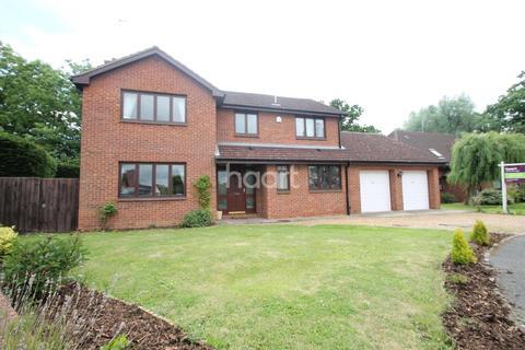 4 bedroom detached house for sale - Longthorpe House Mews, Loder Avenue, South Bretton