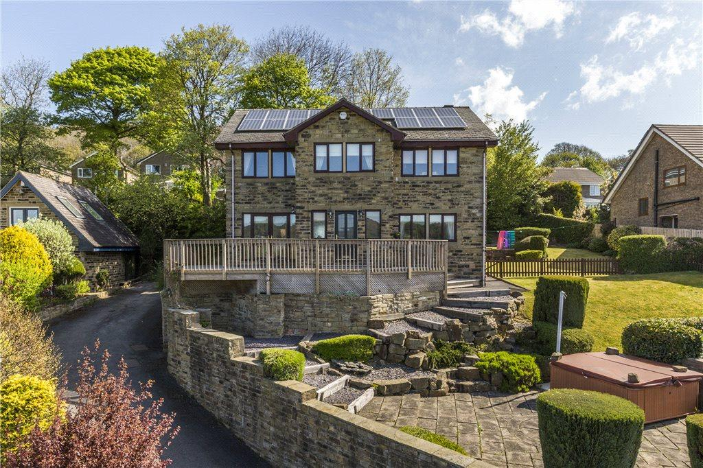 4 Bedrooms Detached House for sale in Oakwood Drive, Bingley, West Yorkshire