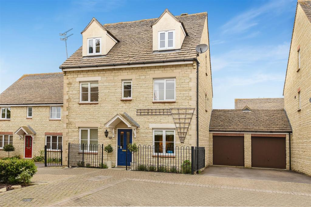 5 Bedrooms Link Detached House for sale in Compton Way, Witney