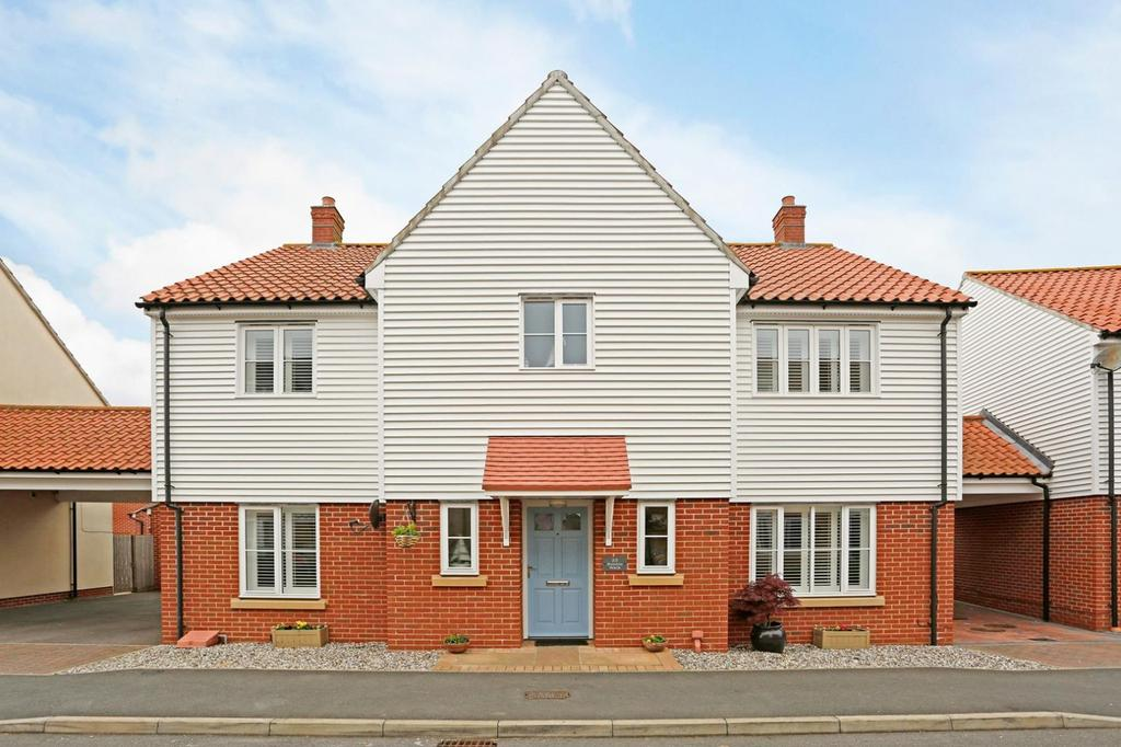 4 Bedrooms Detached House for sale in Rennie Walk, Heybridge, Maldon, Essex, CM9