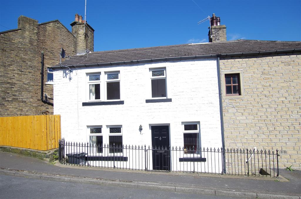 2 Bedrooms House for sale in Shaw Street, Holywell Green, Halifax