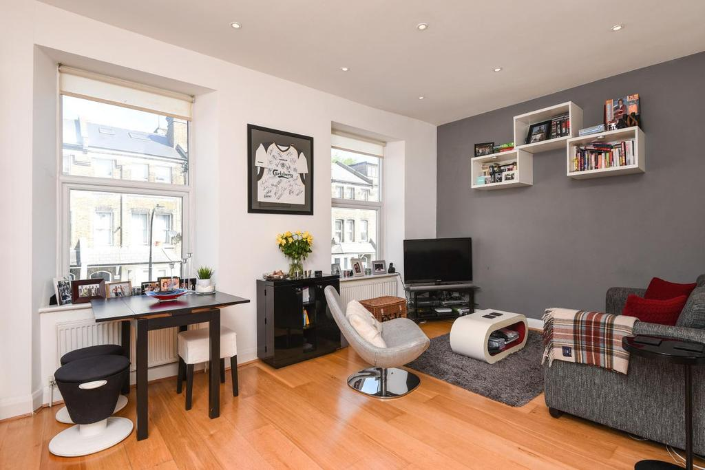 2 Bedrooms Flat for sale in Maygrove Road, West Hampstead, NW6