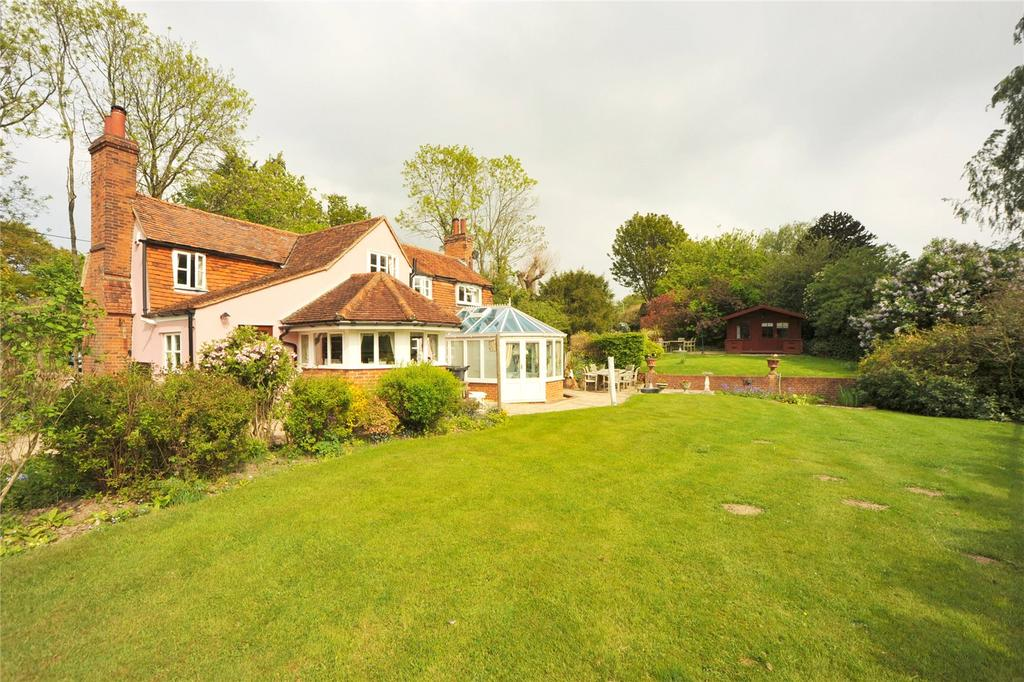 3 Bedrooms Detached House for sale in Beggar Hill, Fryerning, Ingatestone, Essex, CM4