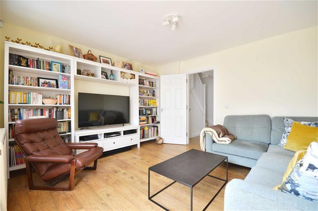 3 Bedrooms End Of Terrace House for sale in Clovers Court, Chorleywood, Hertfordshire