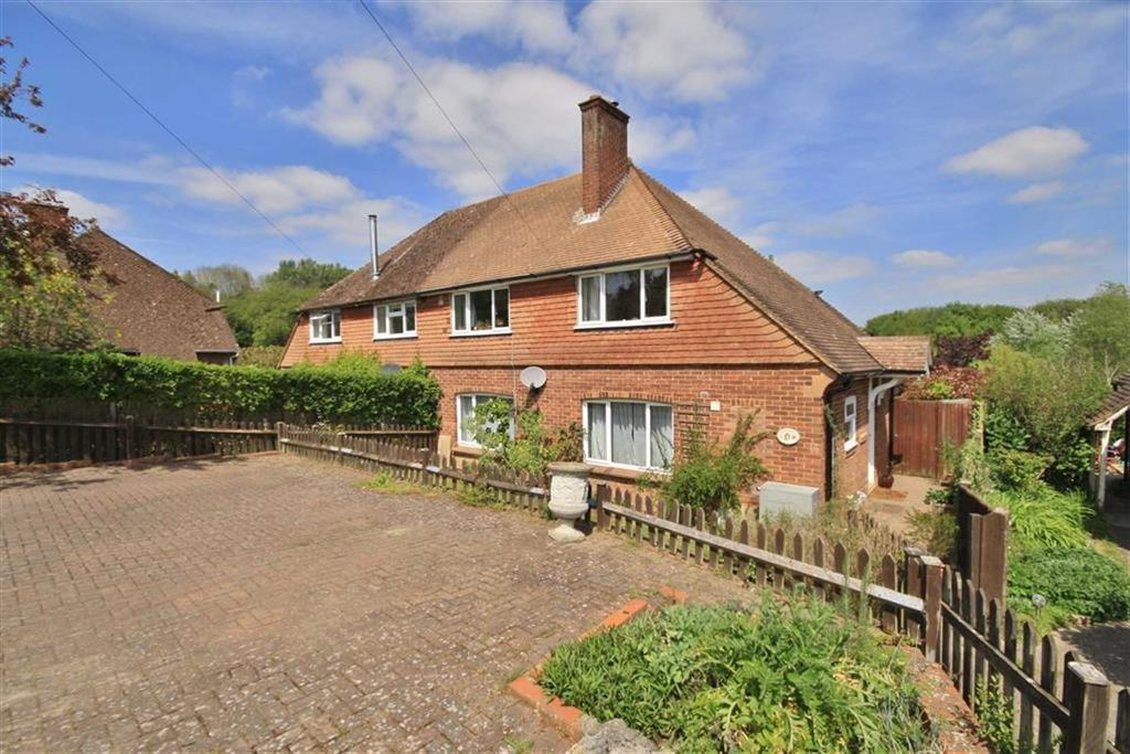 3 Bedrooms Semi Detached House for sale in Plaxtol, Kent