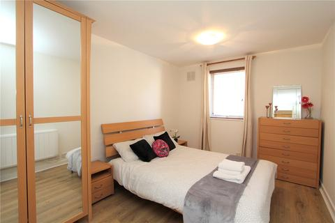 1 bedroom flat to rent - The Cloisters, Ealing, London, W5