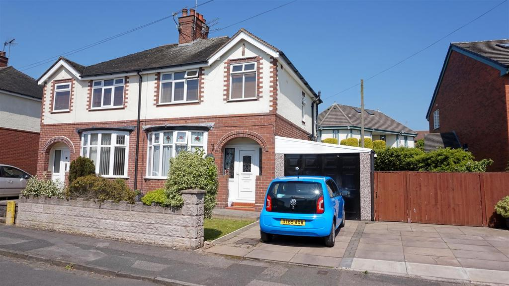 3 Bedrooms Semi Detached House for sale in Garnett Road West, Porthill, Newcastle, Staffs