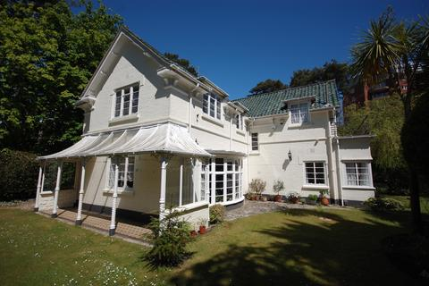 3 bedroom detached house for sale - Manor Road, Bournemouth BH1