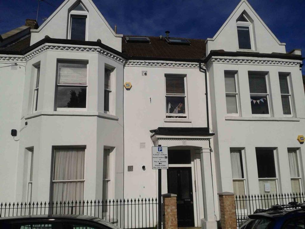 Alderbrook road clapham south 1 bed cottage to rent for Alderbrook homes