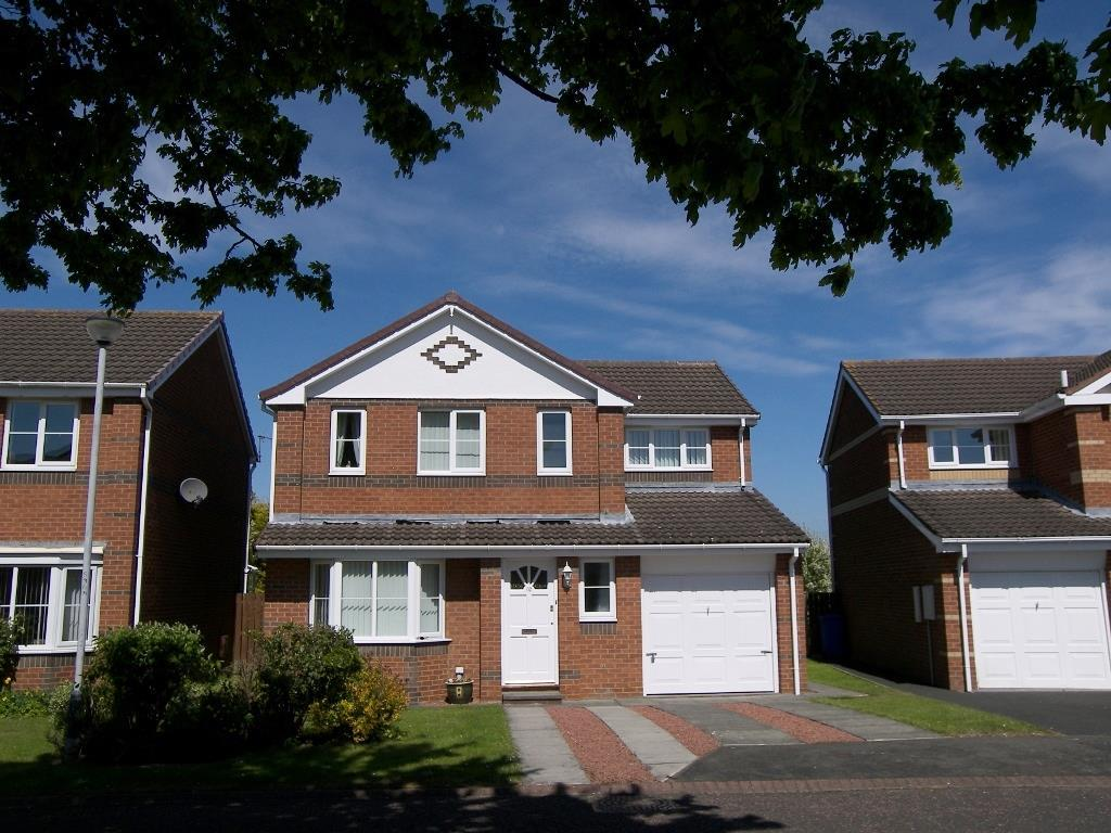 4 Bedrooms Detached House for sale in Kingswell, Morpeth