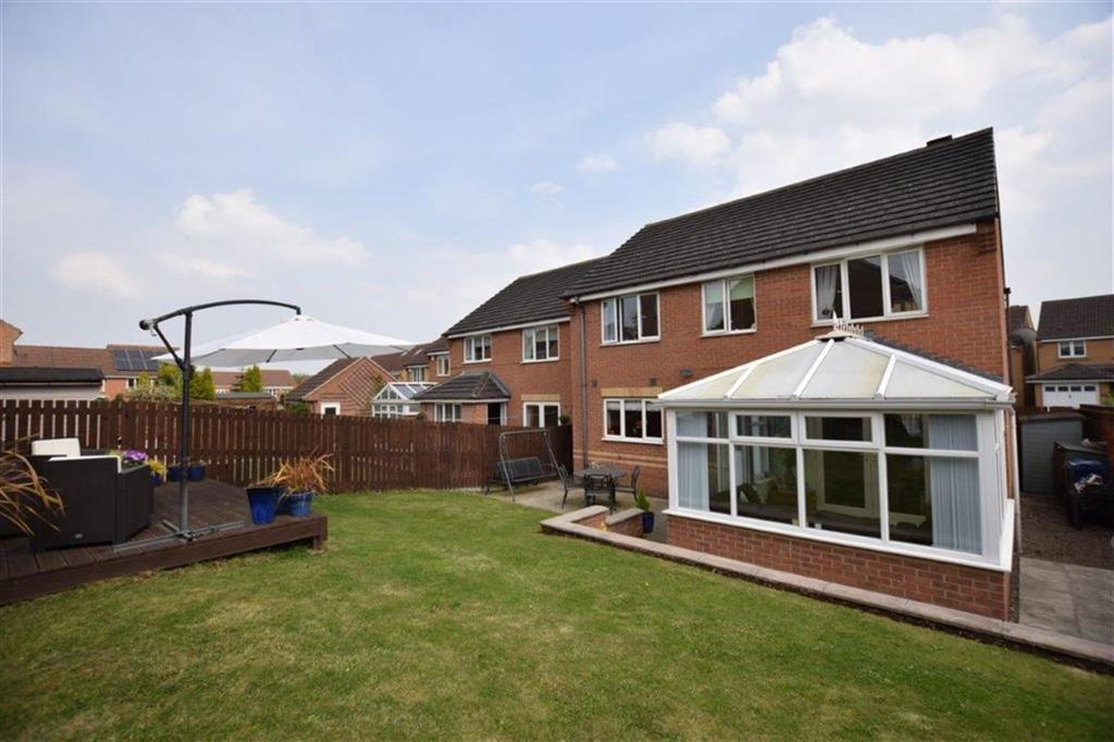4 Bedrooms Detached House for sale in West Acre, Penistone, Sheffield, S36