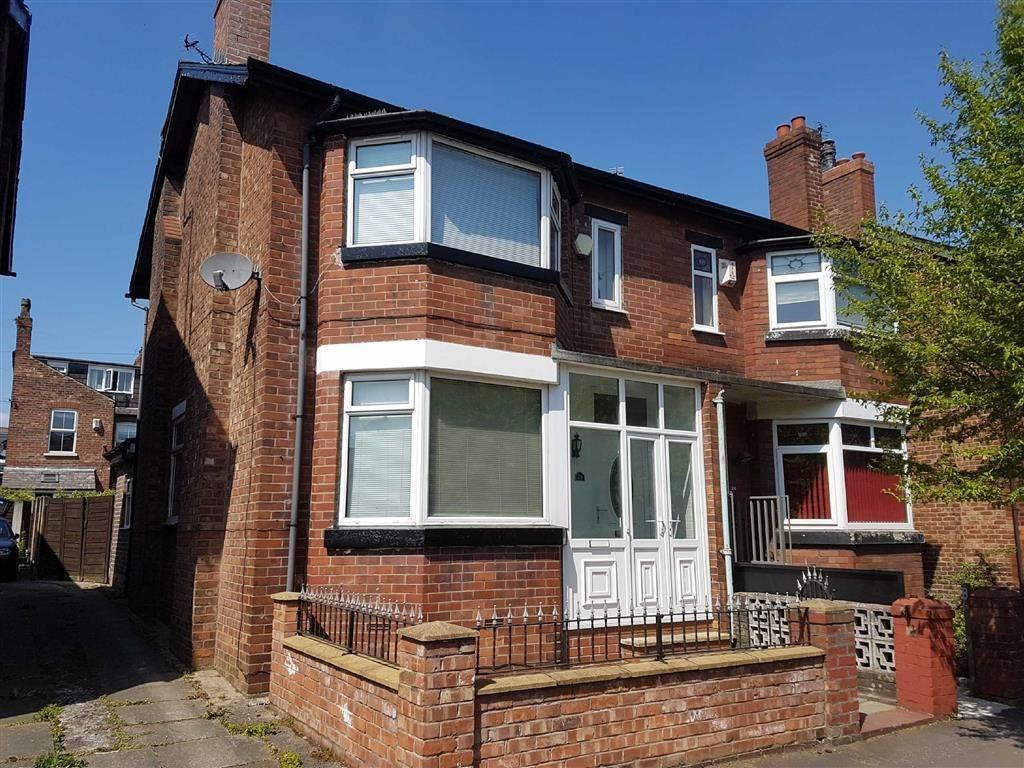 3 Bedrooms Semi Detached House for sale in Claude Road, Chorlton